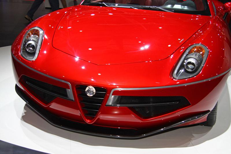 Carrozzeria Touring Superleggera Disco Volante: Z nehybného modelu produkční sportovec: - fotka 14