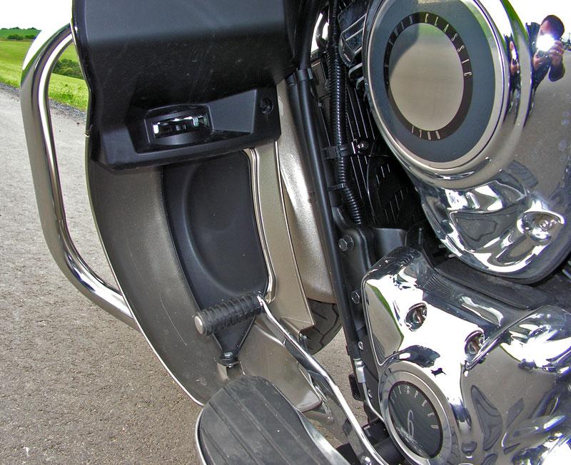 Test: Kawasaki VN1700 Voyager a srovnání s Harley-Davidson Electra Glide: - fotka 28