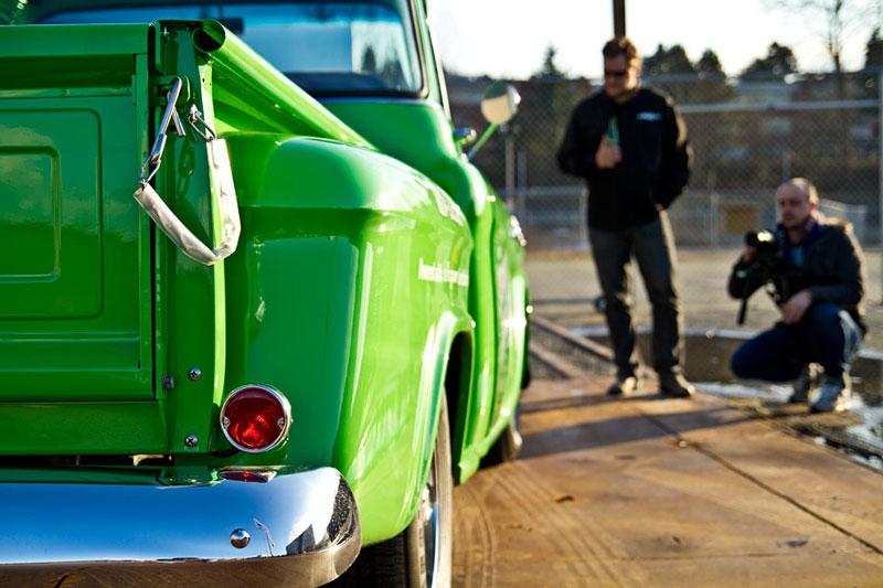 Retro Electro: 1958 Chevrolet Apache na elektřinu (video): - fotka 23