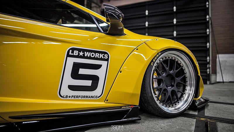 McLaren 650S v úpravě Liberty Walk láká na London Motor Show: - fotka 15