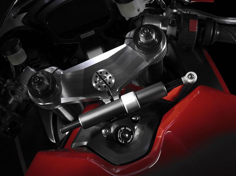 Intermot 2010 – Ducati poskromnu: - fotka 8