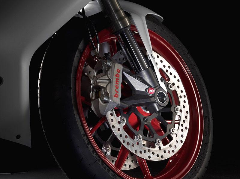 Intermot 2010 – Ducati poskromnu: - fotka 9