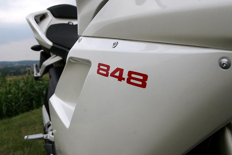 Top 10 roku 2009: Motorky: - fotka 23