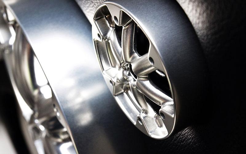 Mercedes-Benz SLS AMG inspirací pro motorový člun Cigarette Racing: - fotka 26