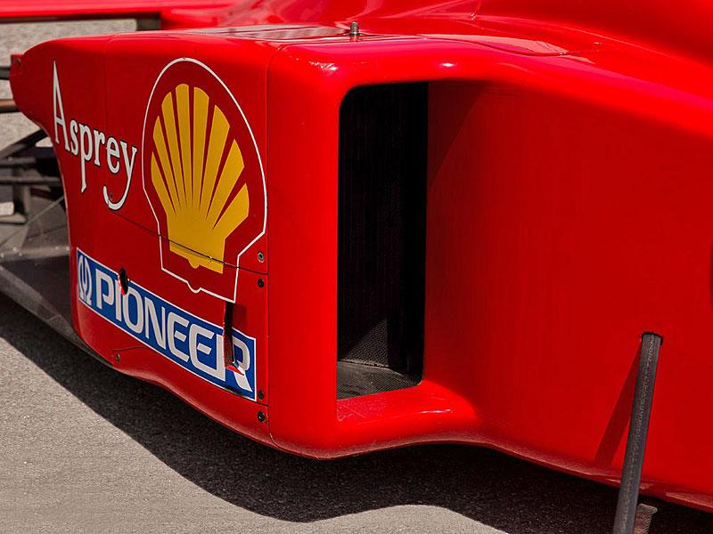 Formule 1 po Schumacherovi je k mání za 18 milionů korun: - fotka 11