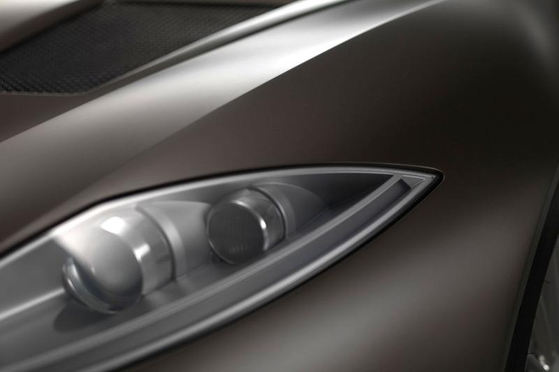 Spyker C8 Preliator: Evoluce namísto revoluce: - fotka 16