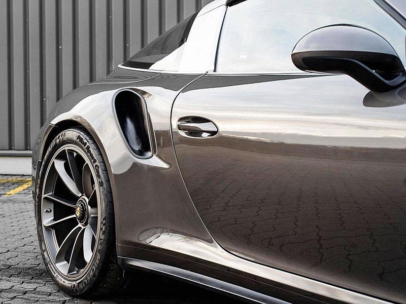 Porsche 911 Targa 4 GTS může být od 911 GT3 RS téměř k nerozeznání: - fotka 13