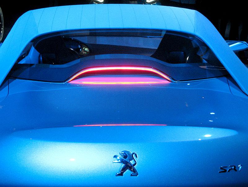 Koncept SR1: nová image Peugeotu přichází: - fotka 49