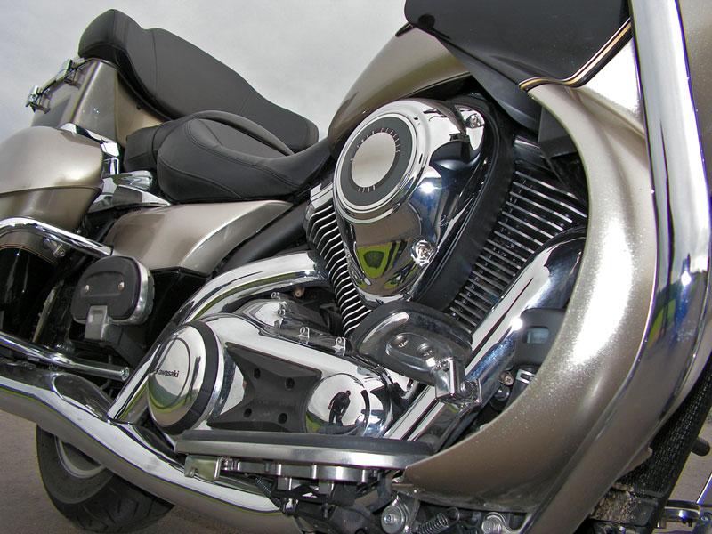 Test: Kawasaki VN1700 Voyager a srovnání s Harley-Davidson Electra Glide: - fotka 30