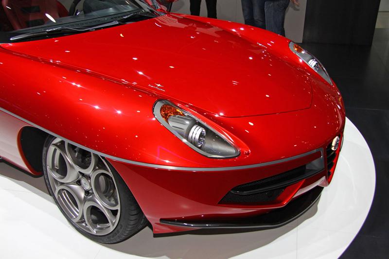 Carrozzeria Touring Superleggera Disco Volante: Z nehybného modelu produkční sportovec: - fotka 17