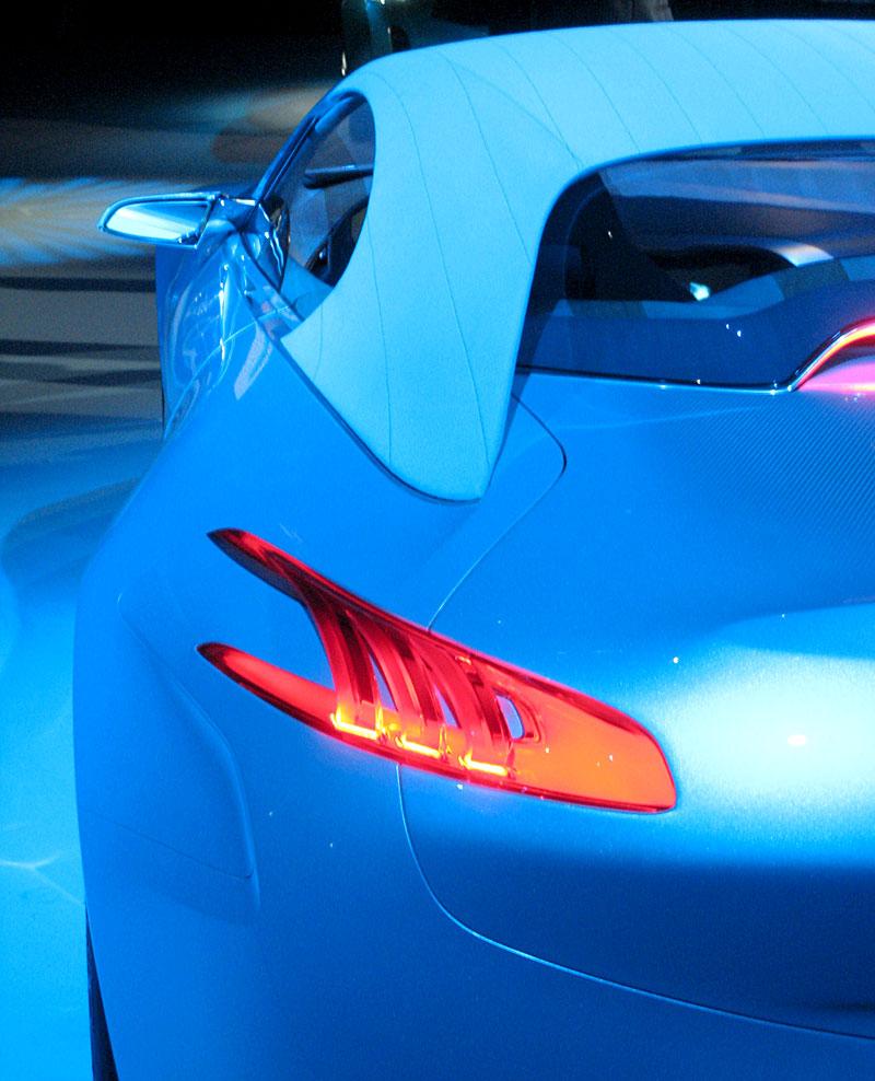Koncept SR1: nová image Peugeotu přichází: - fotka 50