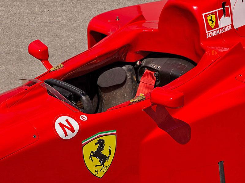 Formule 1 po Schumacherovi je k mání za 18 milionů korun: - fotka 13