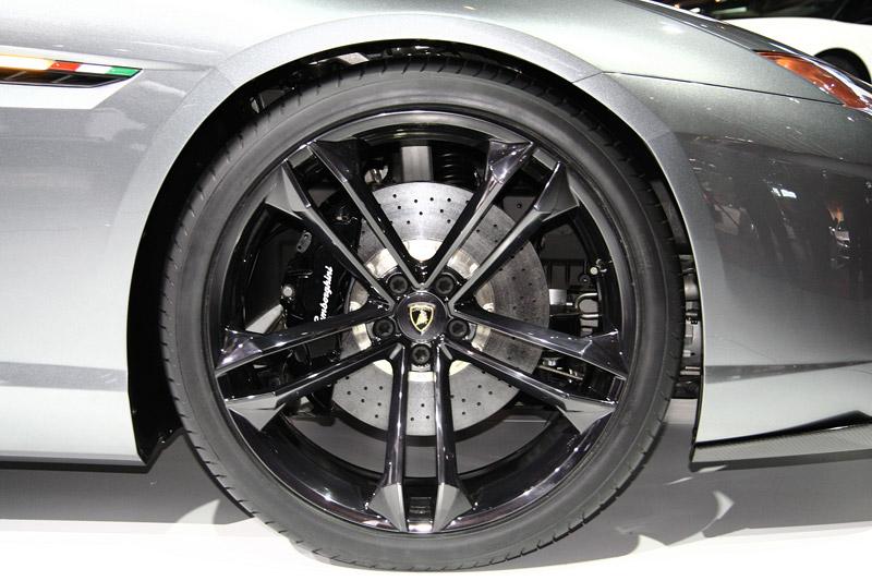Lamborghini Estoque opět na pořadu dne?: - fotka 53
