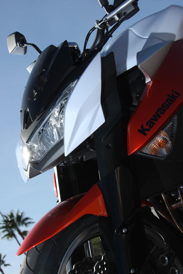Kawasaki Z1000 - Velký Zed opět na scéně (představení): - fotka 28