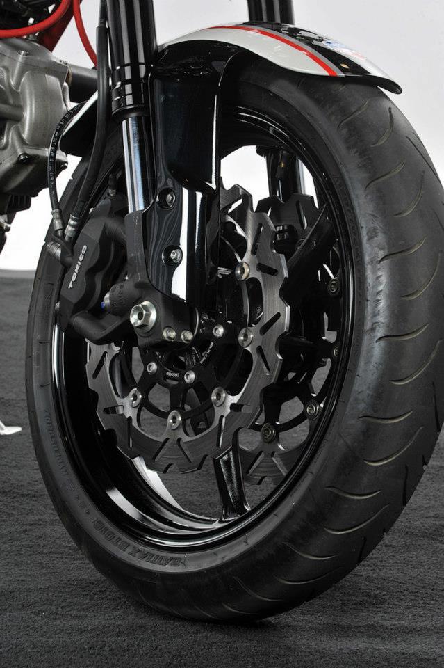 Ducati Cafe Racer od Moto Brilliance: - fotka 21