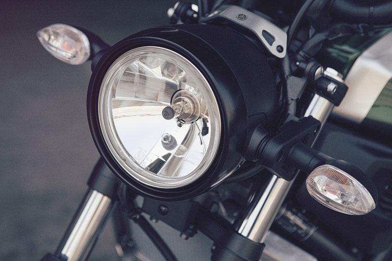 Yamaha XSR700: Rychlý potomek: - fotka 35