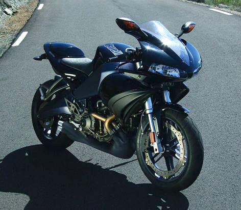 Motocykl roku 2008: vyhrajte Aprilii Pegaso: - fotka 8