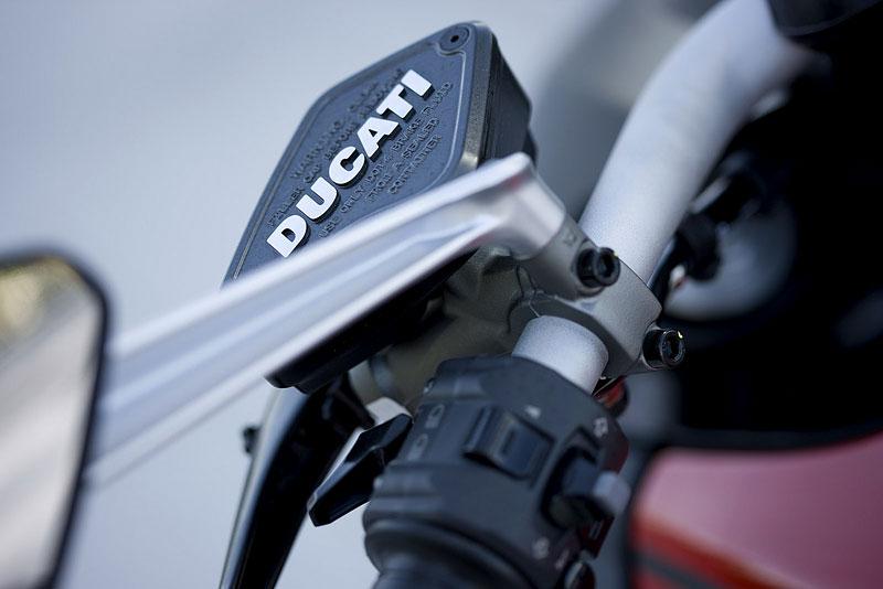 Oficiální představení Ducati Diavel: - fotka 64