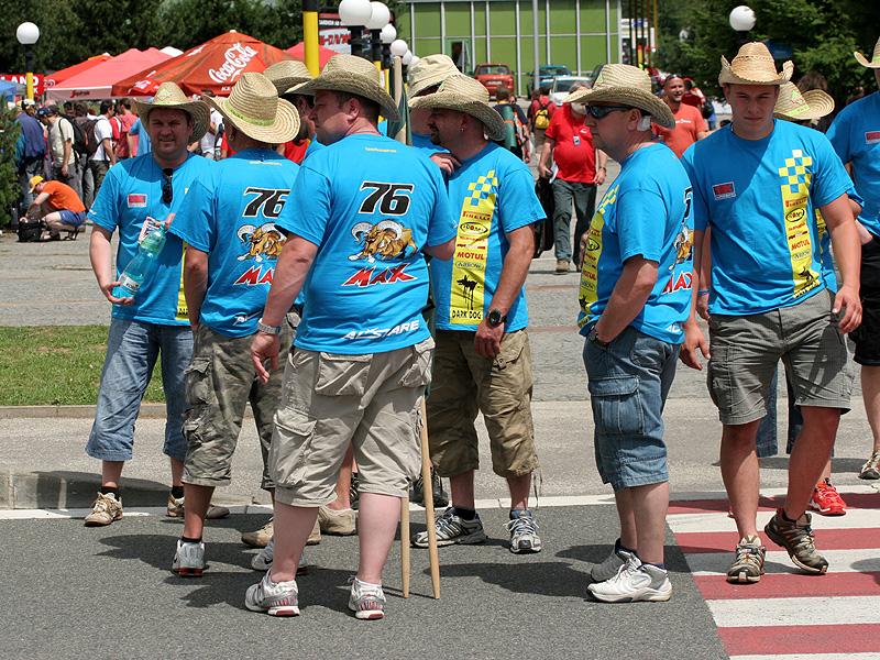 Víkend se Superbiky na brněnském okruhu (velká fotogalerie): - fotka 111