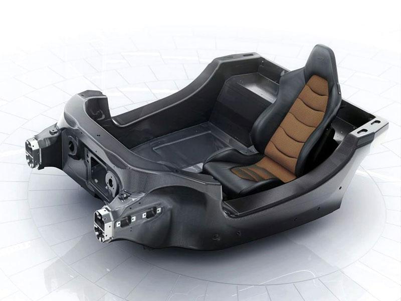 McLaren oznamuje další vývojovou fázi supersportu MP4-12C: - fotka 28
