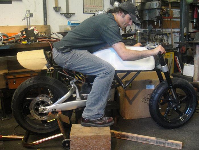 Ducati Cafe Racer od Moto Brilliance: - fotka 23