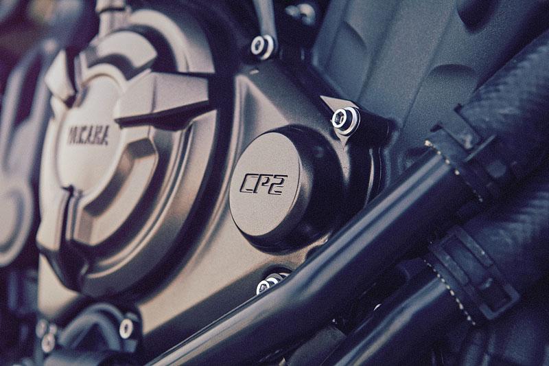 Yamaha XSR700: Rychlý potomek: - fotka 36