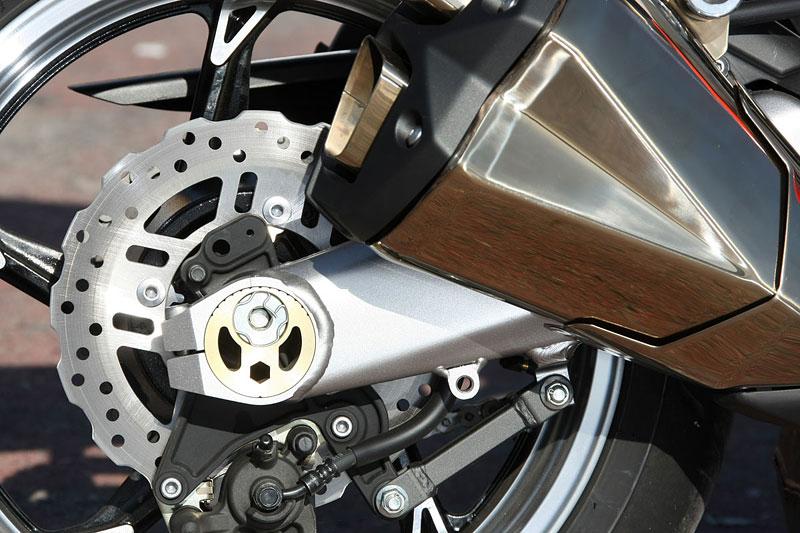 Kawasaki Z1000 - Velký Zed opět na scéně (představení): - fotka 31