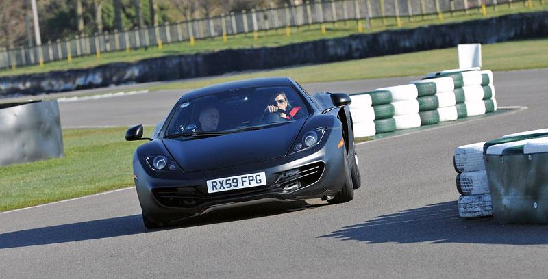 McLaren oznámil prodejní místa v 35 městech. Praha chybí...: - fotka 75