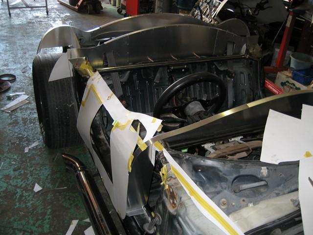 Baby Cobra: tříčtvrteční replika slavného roadsteru: - fotka 22
