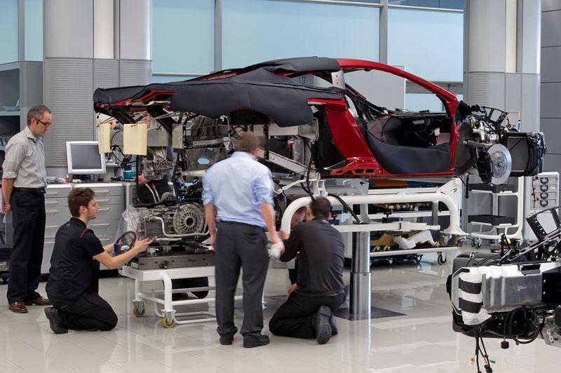 McLaren oznámil prodejní místa v 35 městech. Praha chybí...: - fotka 96