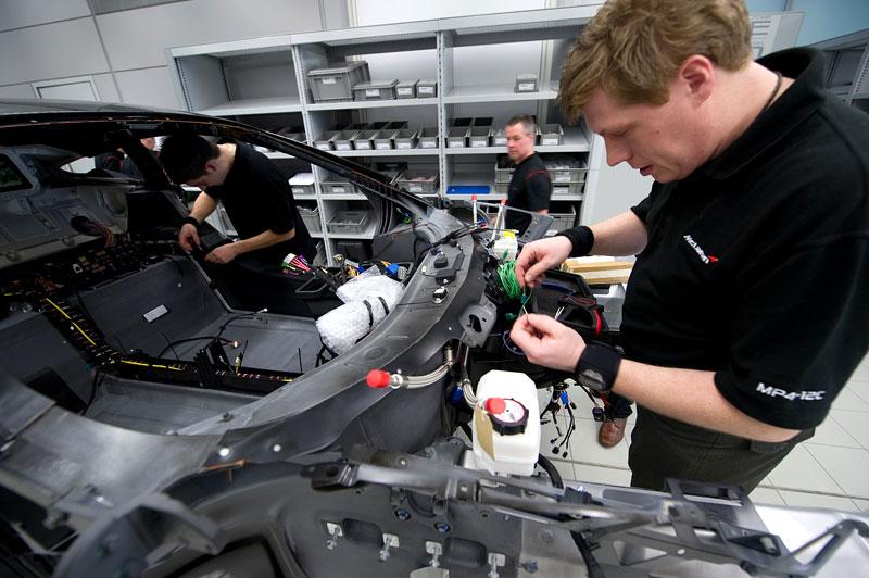 McLaren oznámil prodejní místa v 35 městech. Praha chybí...: - fotka 97