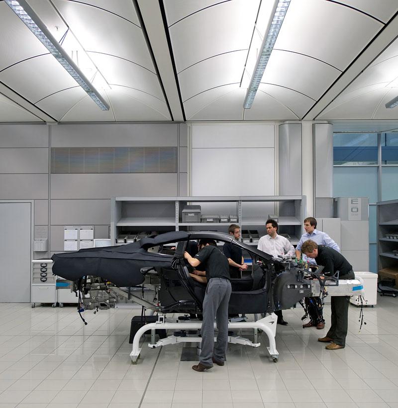 McLaren oznámil prodejní místa v 35 městech. Praha chybí...: - fotka 98