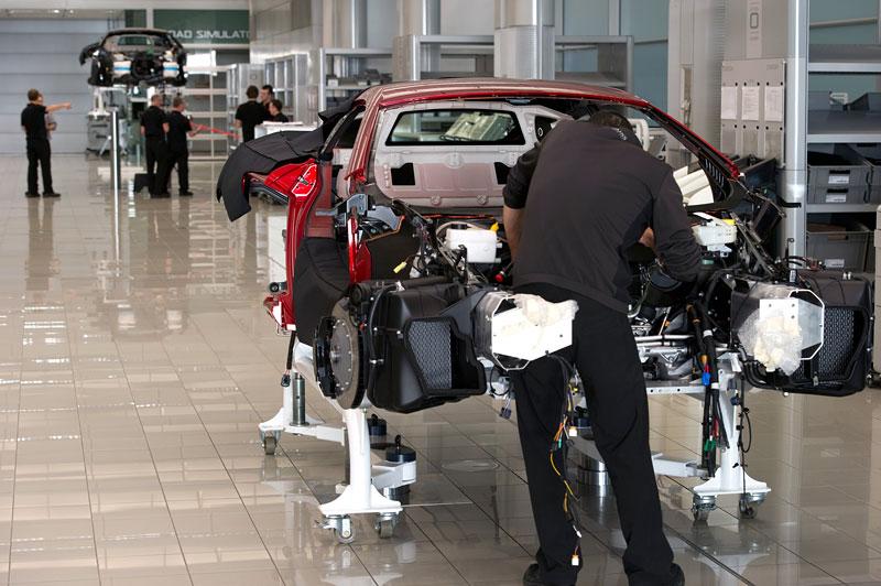 McLaren oznámil prodejní místa v 35 městech. Praha chybí...: - fotka 99