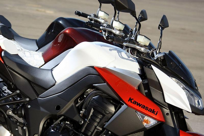 Kawasaki Z1000 - Velký Zed opět na scéně (představení): - fotka 34