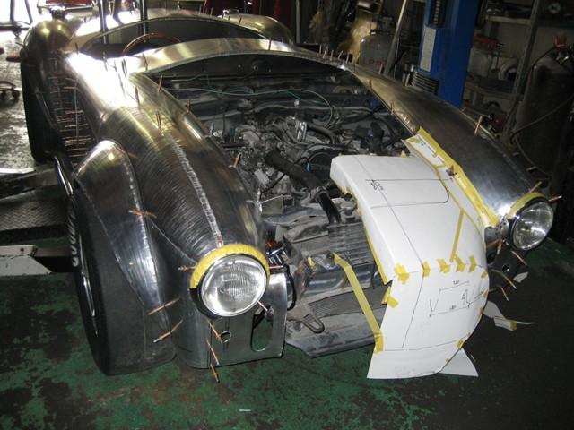 Baby Cobra: tříčtvrteční replika slavného roadsteru: - fotka 25