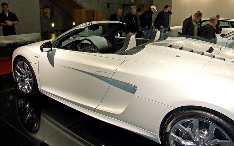Vienna Autoshow 2010: Fotogalerie sporťáků z vídeňského autosalonu: - fotka 20