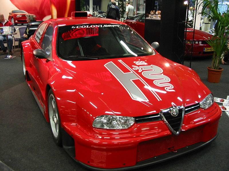 Na prodej je unikátní Alfa Romeo 156 Coloni S1. Jinou takovou nenajdete: - fotka 3