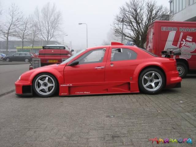 Na prodej je unikátní Alfa Romeo 156 Coloni S1. Jinou takovou nenajdete: - fotka 7