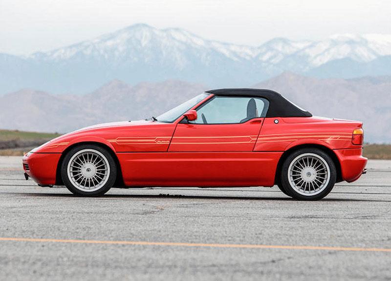 Věděli jste, že Alpina vylepšila i svérázný roadster BMW Z1? Vzniklo jen 66 kusů, jeden můžete mít: - fotka 6