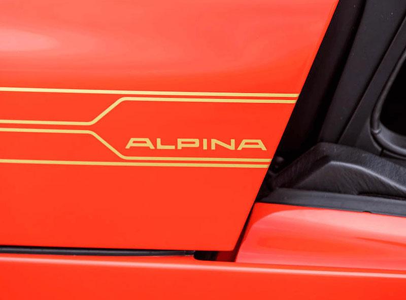 Věděli jste, že Alpina vylepšila i svérázný roadster BMW Z1? Vzniklo jen 66 kusů, jeden můžete mít: - fotka 12