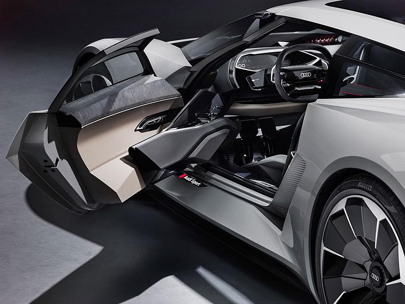 Audi bude vyrábět koncept PB18. Postaví ale jen 50 kusů: - fotka 4