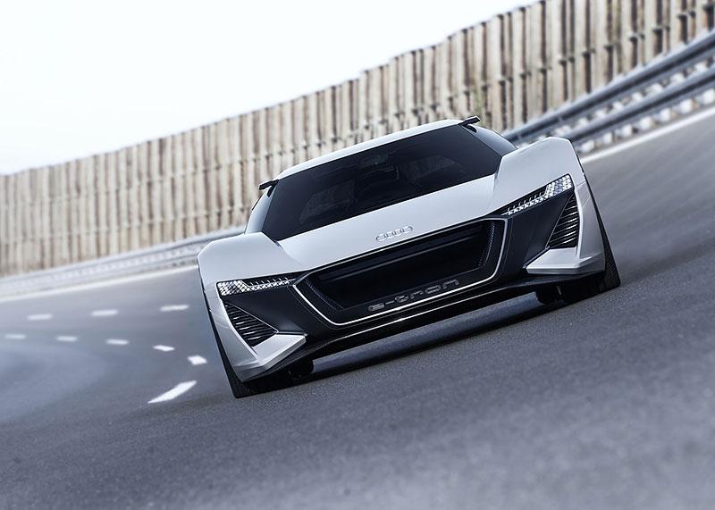 Audi bude vyrábět koncept PB18. Postaví ale jen 50 kusů: - fotka 9