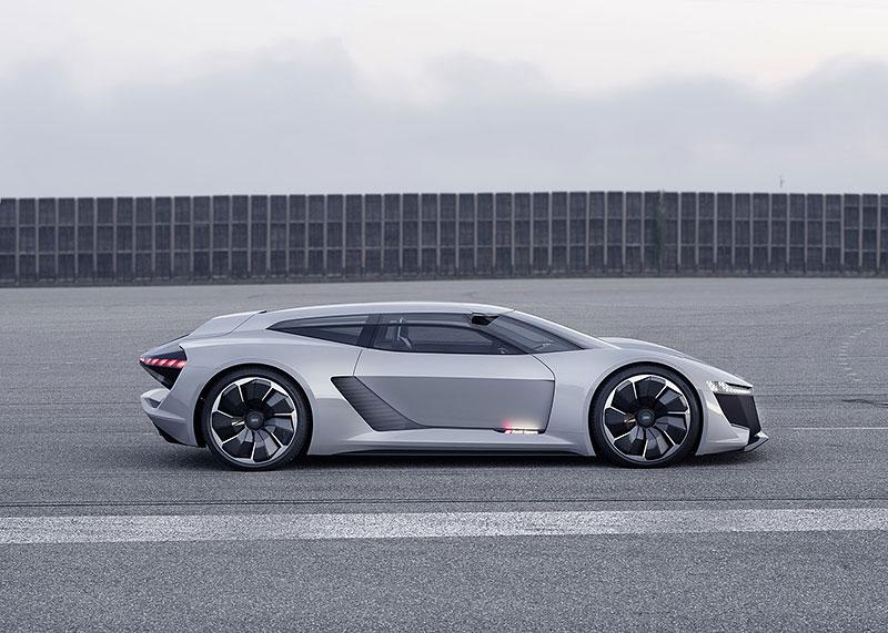 Audi bude vyrábět koncept PB18. Postaví ale jen 50 kusů: - fotka 15