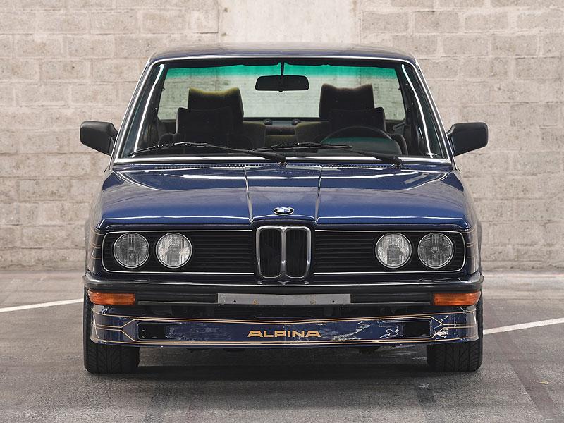 """Alpina B7 S Turbo byla vylepšená """"sedmička"""", která proháněla i supersporty. Právě teď je jedna na prodej: - fotka 2"""