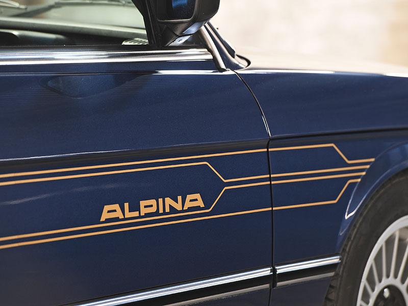 """Alpina B7 S Turbo byla vylepšená """"sedmička"""", která proháněla i supersporty. Právě teď je jedna na prodej: - fotka 9"""