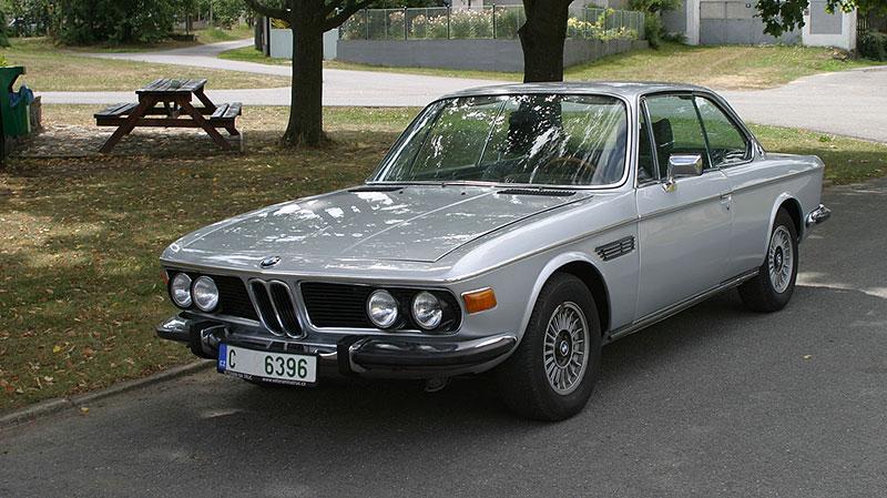"""Řídili jsme BMW 2800 CS. Je to dokonalý """"bavorák"""" ze staré školy: - fotka 8"""