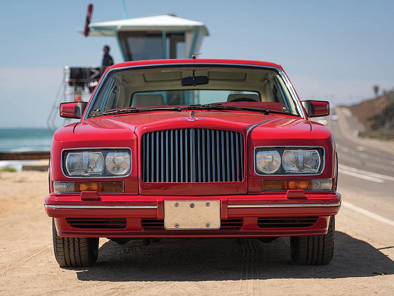 Na prodej je Bentley, o kterém jste možná ještě neslyšeli. Vzniklo jen pět kusů: - fotka 8