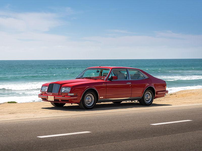 Na prodej je Bentley, o kterém jste možná ještě neslyšeli. Vzniklo jen pět kusů: - fotka 10