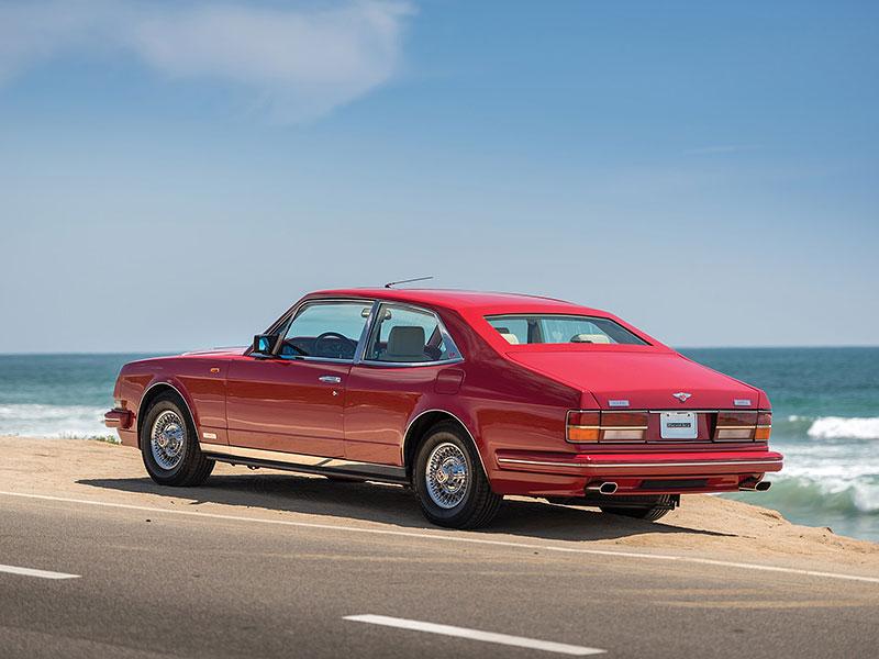 Na prodej je Bentley, o kterém jste možná ještě neslyšeli. Vzniklo jen pět kusů: - fotka 12