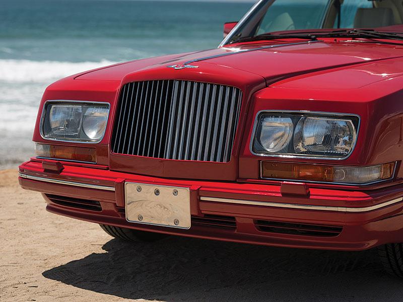 Na prodej je Bentley, o kterém jste možná ještě neslyšeli. Vzniklo jen pět kusů: - fotka 17